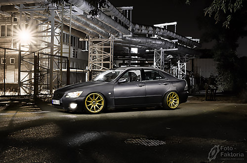 1609-jakoob-lexus-is200-light-painting-01-lowresmini